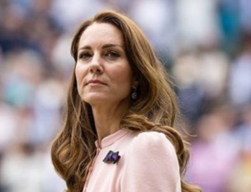 Kate Middleton il total look red conquista i social